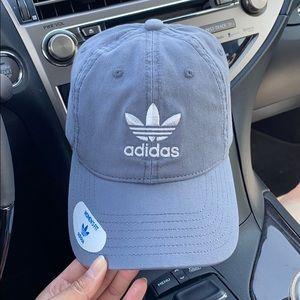 NEW Adidas Trefoil Hat (Gray/White)
